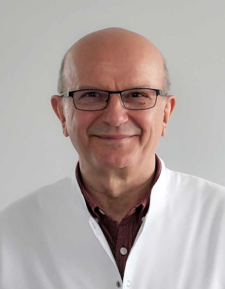 <span>lek. med.</span> Tomasz Światłowski