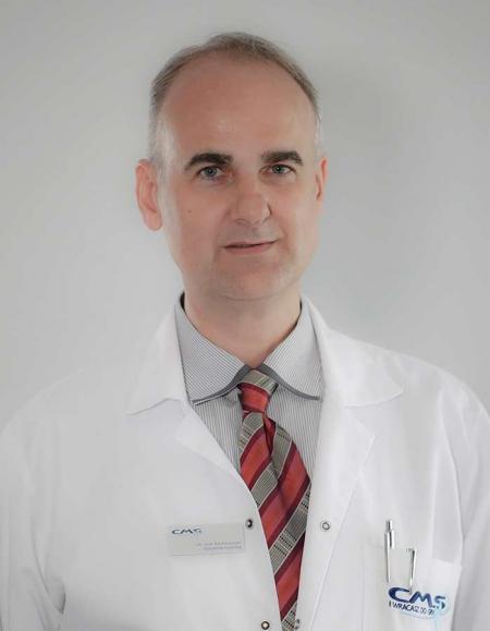 <span>lek. med.</span> Rafał Kwiecień